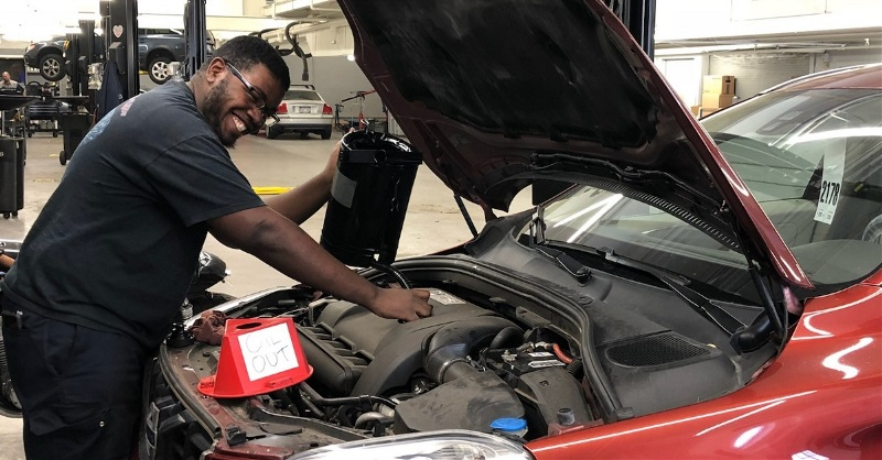 How UTI Grad Kendrick Cowart Pursued a Career with Volvo
