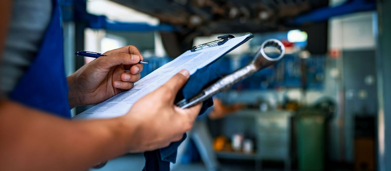 What Is an Automotive Service Writer
