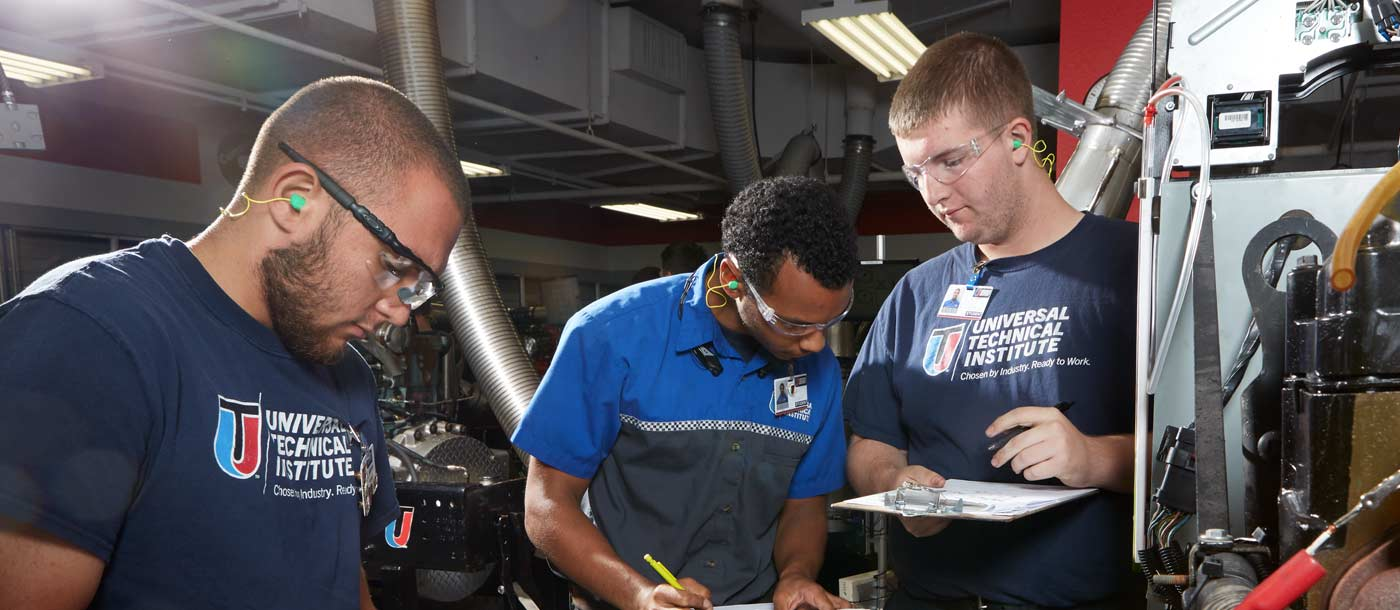Automotive Diesel Technical School Campus In Houston Tx Uti
