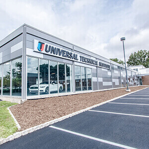 Universal Technical Institute in Bloomfield, NJ