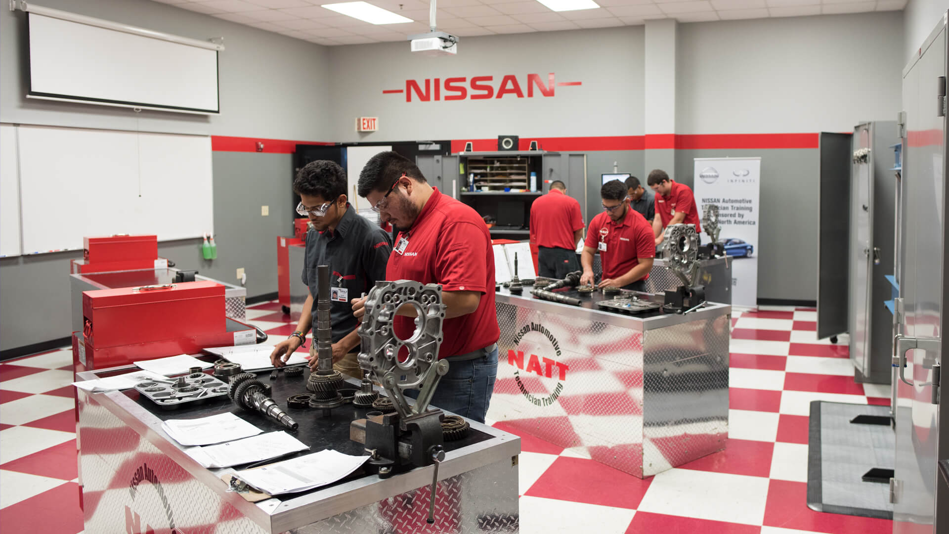 specialized-training_hero_mooresville_nissan_labandstd