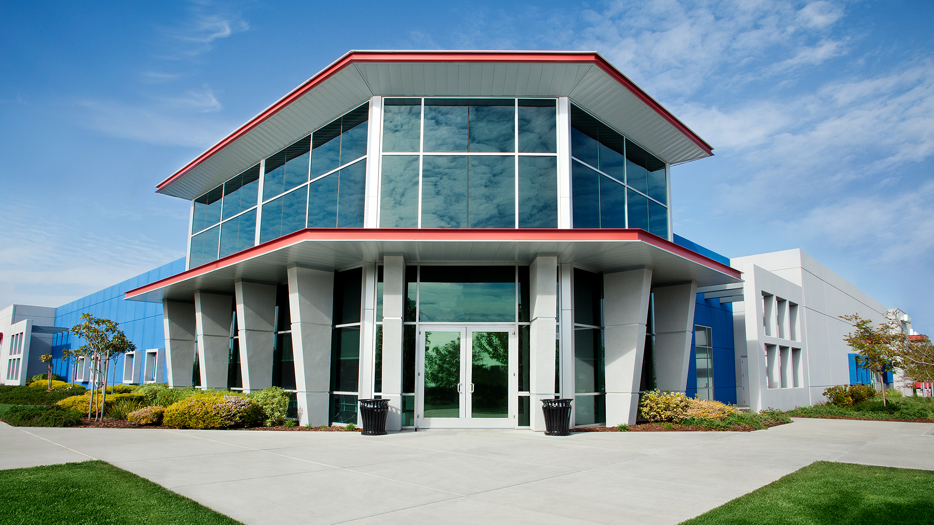 Exterior photo of the Sacramento campus