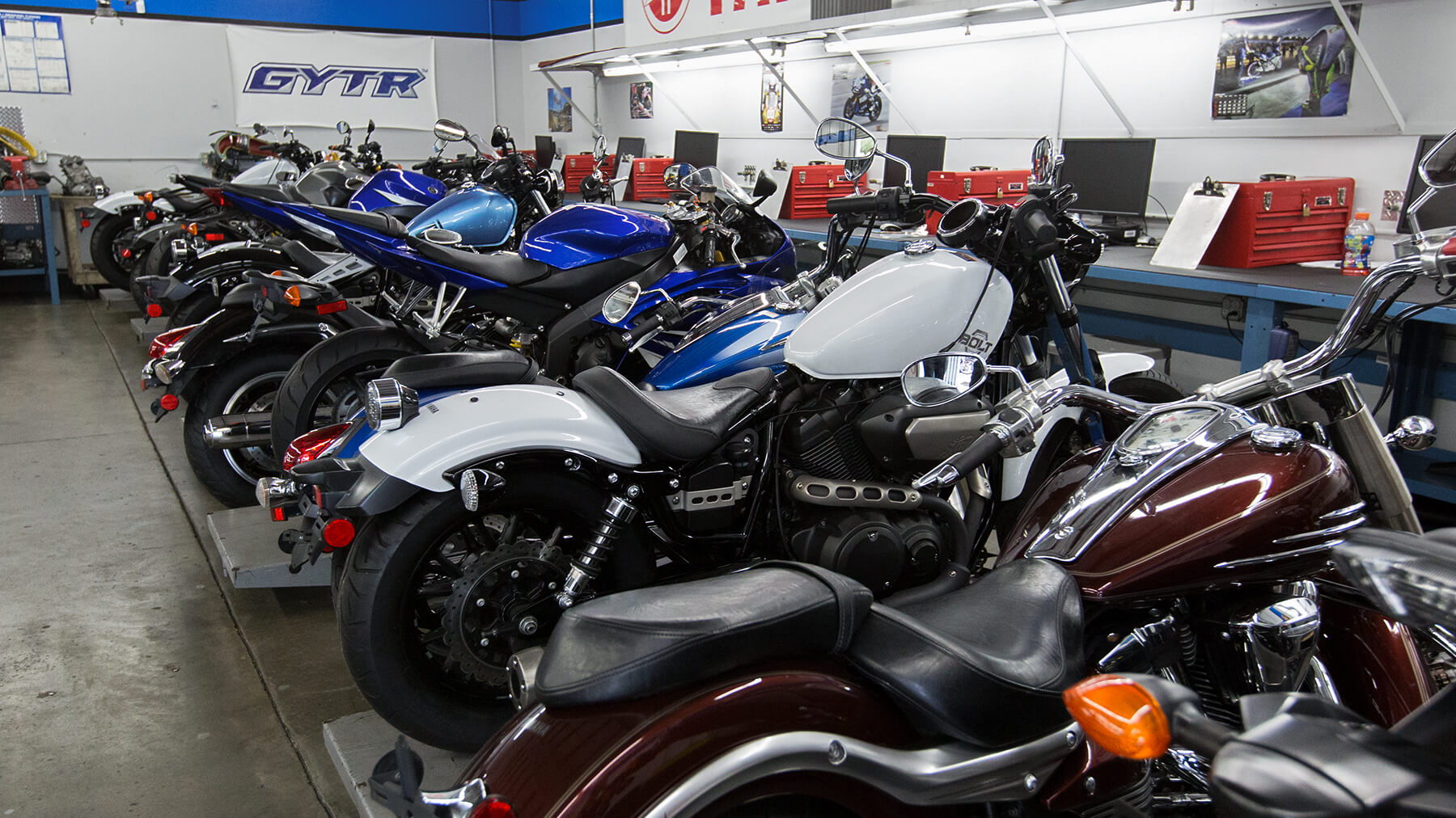 Motorcycle_Gallery_Yamaha_0R1A7543