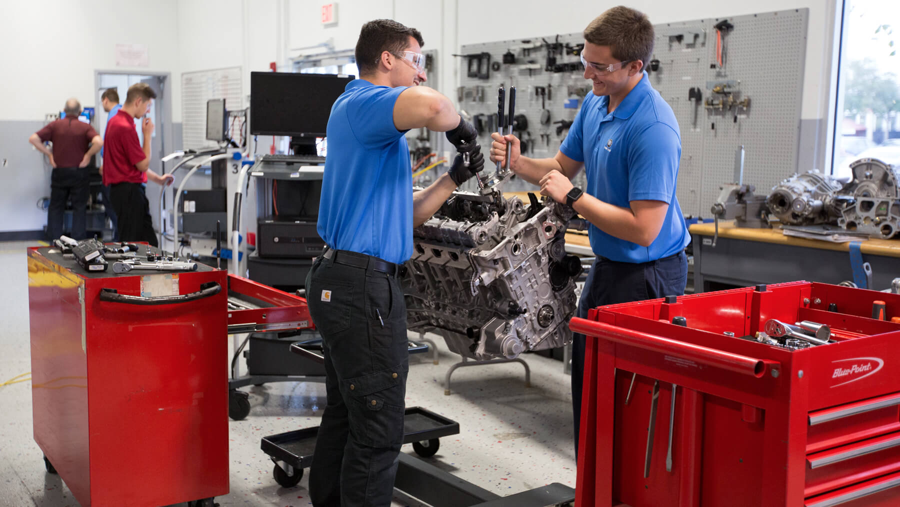 Universal Technical Institute - BMW
