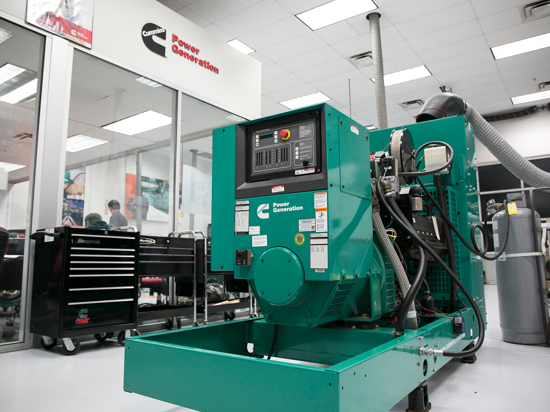 Green cummins power generator in the cummins lab