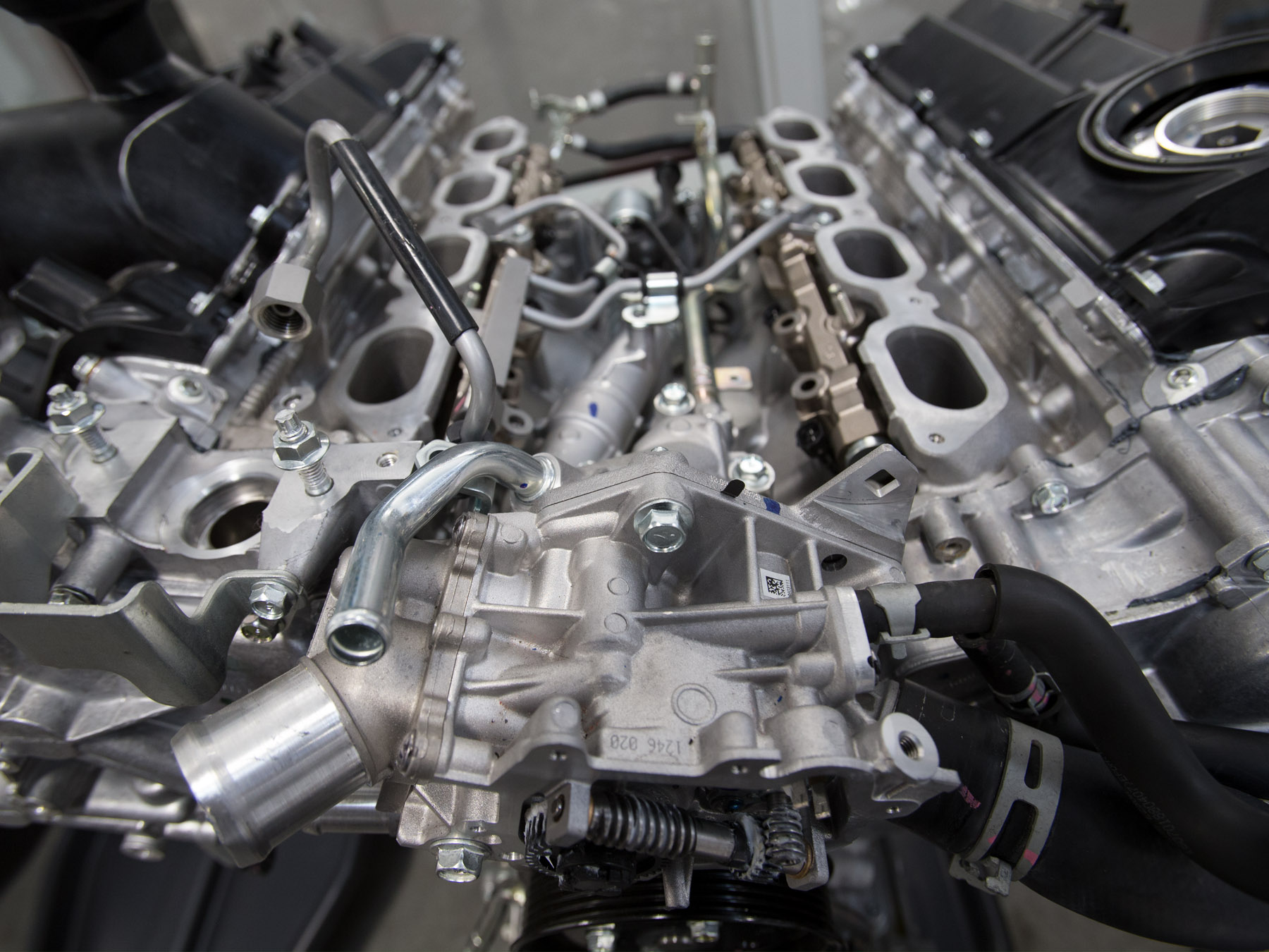 Close up of an engine in the infinite auto lab