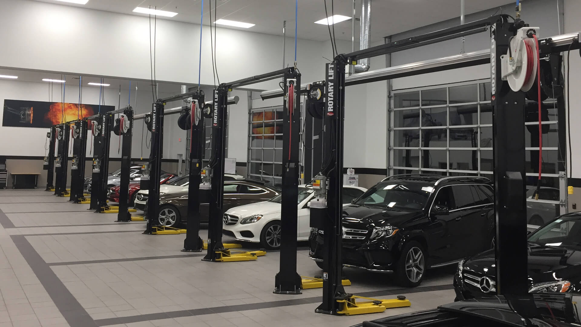 Mercedes-Benz Training Lab Photo