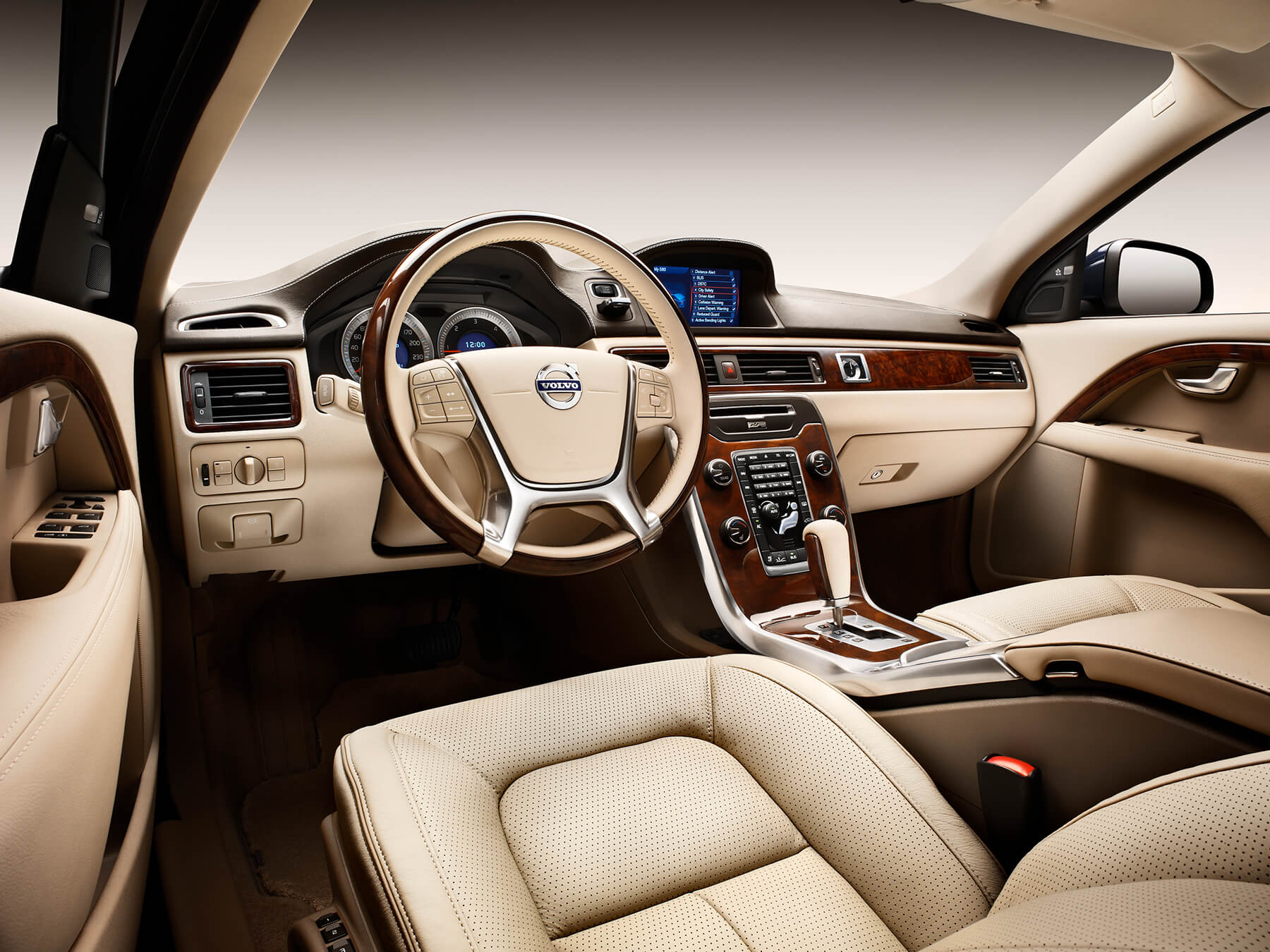 Tan Volvo Interior